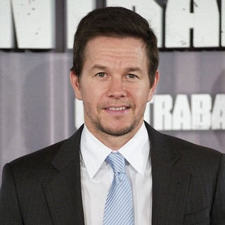 Mark Wahlberg in Contraband Photocall