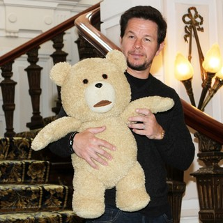 Mark Wahlberg in A Photocall for Ted