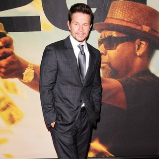 Mark Wahlberg in World Premiere of 2 Guns - Arrivals