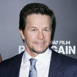 Mark Wahlberg in Los Angeles Premiere of Pain and Gain - Arrivals