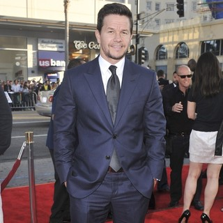 Mark Wahlberg in The Los Angeles Premiere Ted - Arrivals