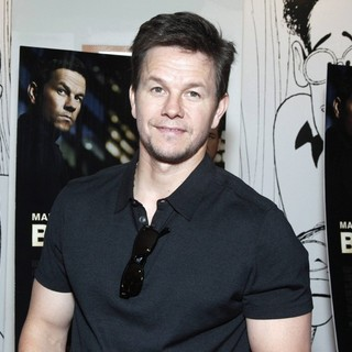 Mark Wahlberg in A Special Philly Advance Screening of Broken City - mark-wahlberg-screening-broken-city-01