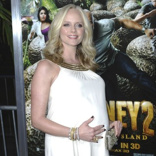 Marley Shelton in The Los Angeles Premiere of Journey 2: The Mysterious Island - Arrivals - marley-shelton-premiere-journey-2-the-mysterious-island-02