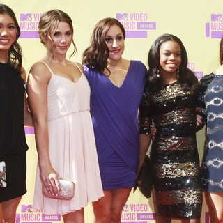 Kyla Ross, McKayla Maroney, Jordyn Wieber, Gabrielle Douglas, Aly Raisman in 2012 MTV Video Music Awards - Arrivals