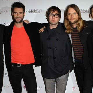 Maroon 5 in Celebrity Magenta Carpet Arrivals at The Launch Party for Google Music Available on T-Mobile