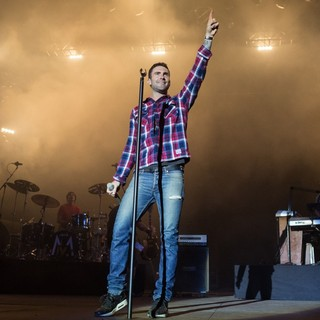 James Valentine, Adam Levine, PJ Morton, Maroon 5 in Maroon 5 Rock in Rio Lisboa at Parque da Bela Vista - Day 3