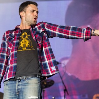 Adam Levine in Maroon 5 Rock in Rio Lisboa at Parque da Bela Vista - Day 3 - maroon-5-parque-da-bela-vista-day-3-16