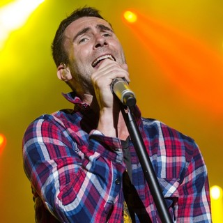 Adam Levine in Maroon 5 Rock in Rio Lisboa at Parque da Bela Vista - Day 3 - maroon-5-parque-da-bela-vista-day-3-17