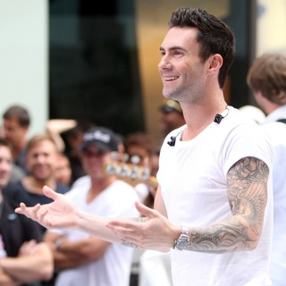 Adam Levine in Maroon 5 Perform Live as Part of The Today' Show's Concert Series - maroon-5-perform-live-today-show-14
