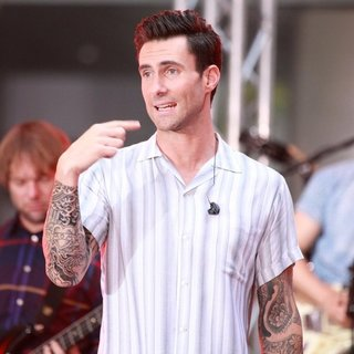 Maroon 5 at The Today Show Toyota Concert Series - maroon-5-today-show-toyota-concert-series-25