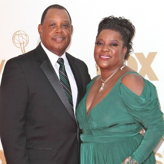 Glenn Marshall, Loretta Devine in The 63rd Primetime Emmy Awards - Arrivals