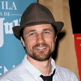 Martin Henderson in The Special Screening of Battle in Seattle