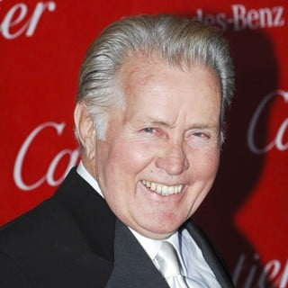 Martin Sheen in 24th Annual Palm Springs International Film Festival Awards Gala - Red Carpet - martin-sheen-24th-annual-palm-springs-international-film-festival-awards-gala-02