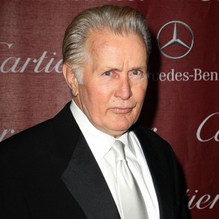 Martin Sheen in 24th Annual Palm Springs International Film Festival Awards Gala - Red Carpet - martin-sheen-24th-annual-palm-springs-international-film-festival-awards-gala-03