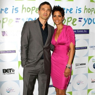 Halle Berry - Halle Berry Honored at The Silver Rose Awards Gala with Grey Goose