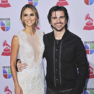 Karen Martinez, Juanes in 13th Annual Latin Grammy Awards - Arrivals