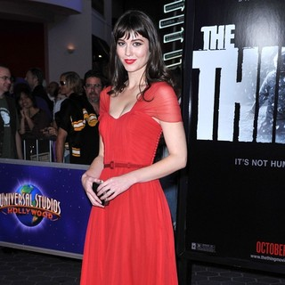 Mary Elizabeth Winstead in Los Angeles Premiere of The Thing