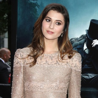 Mary Elizabeth Winstead in The Premiere of Abraham Lincoln: Vampire Hunter