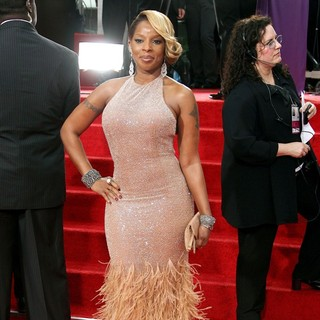 Mary J. Blige in The 69th Annual Golden Globe Awards - Arrivals