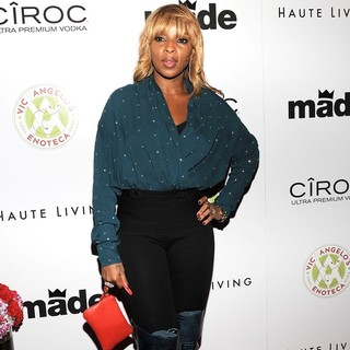 Mary J. Blige in Birthday Party for Rico Love
