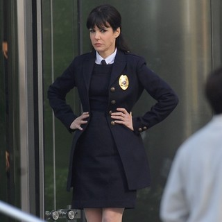 Mary-Louise Parker in Filming Scenes for The Movie R.I.P.D.