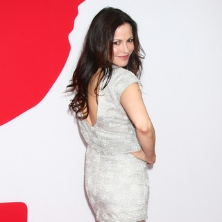 Mary-Louise Parker in Los Angeles Premiere of Red 2
