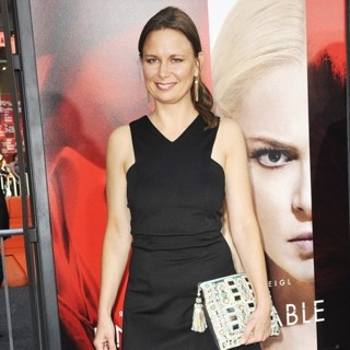 Mary Lynn Rajskub in Premiere Warner Bros. Pictures' of Unforgettable - Arrivals