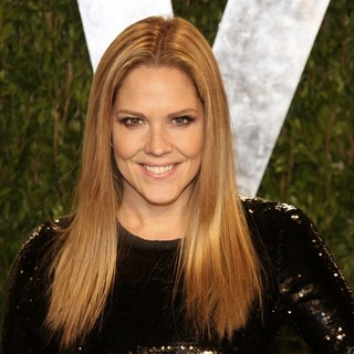 Mary McCormack in 2013 Vanity Fair Oscar Party - Arrivals - mary-mccormack-2013-vanity-fair-oscar-party-01