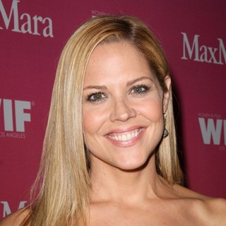 Mary McCormack in The Women in Film Crystal and Lucy Awards 2009 - Arrivals - mary-mccormack-crystal-and-lucy-awards-2009-01