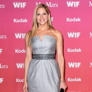 Mary McCormack in The Women in Film Crystal and Lucy Awards 2009 - Arrivals - mary-mccormack-crystal-and-lucy-awards-2009-03
