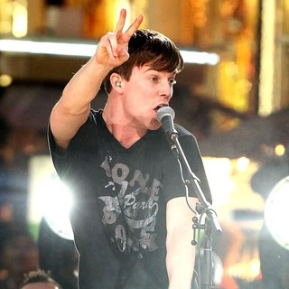 Matt and Kim in The Inaugural MTV O Music Awards - matt-and-kim-mtv-o-music-awards-10