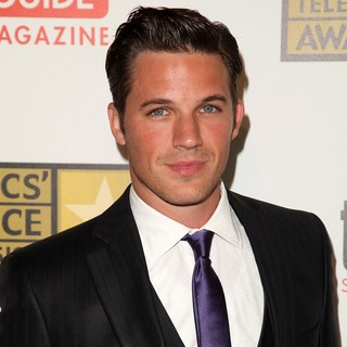 Matt Lanter in 2012 Critics' Choice TV Awards - Arrivals