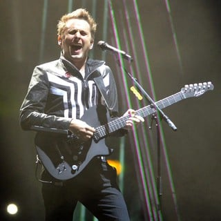 Matthew Bellamy, Muse in The MTV EMA's 2012 - Show