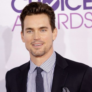 Matthew Bomer in People's Choice Awards 2013 - Red Carpet Arrivals