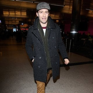 Matthew Morrison in Matthew Morrison Arrives at Los Angeles International Airport