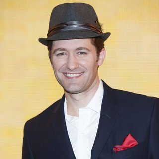 Matthew Morrison Hosts A Meet and Greet with Fans