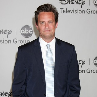 Matthew Perry in Disney ABC Family 2010 Summer TCA Tour - matthew-perry-disney-abc-family-2010-03