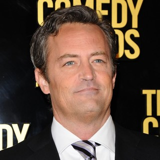Matthew Perry in The Comedy Awards 2012 - Arrivals - matthew-perry-the-comedy-awards-2012-01