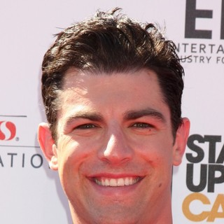 Max Greenfield in Stand Up To Cancer 2012 - Arrivals