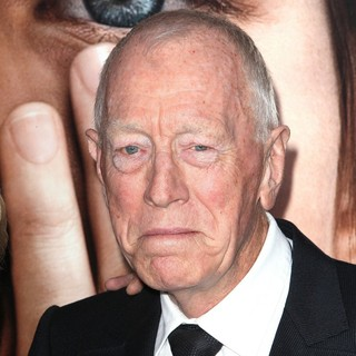 Max von Sydow in The New York Premiere of Extremely Loud and Incredibly Close - Arrivals