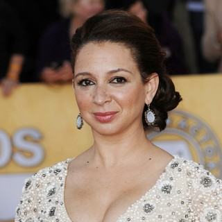 Maya Rudolph in The 18th Annual Screen Actors Guild Awards - Arrivals
