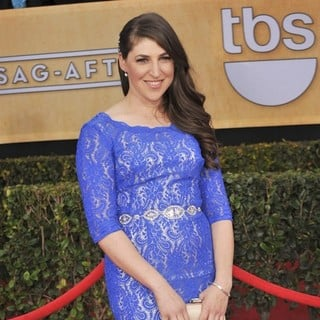 Mayim Bialik in 19th Annual Screen Actors Guild Awards - Arrivals