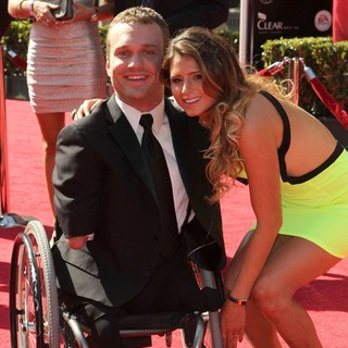 Kyle Maynard, Anastasia Ashley in 2012 ESPY Awards - Red Carpet Arrivals