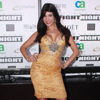 Mayra Veronica in Muhammad Ali's Celebrity Fight Night XIII