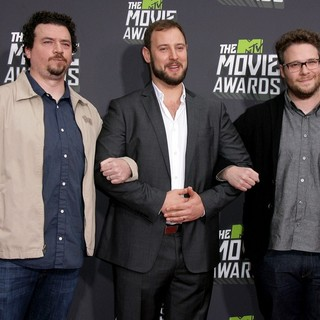 Danny McBride, Evan Goldberg, Seth Rogen in 2013 MTV Movie Awards - Arrivals