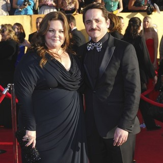 Melissa McCarthy, Ben Falcone in The 18th Annual Screen Actors Guild Awards - Arrivals