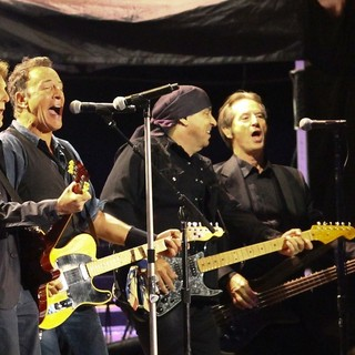 Paul McCartney, Bruce Springsteen, The E Street Band in Hard Rock Calling - Day 2