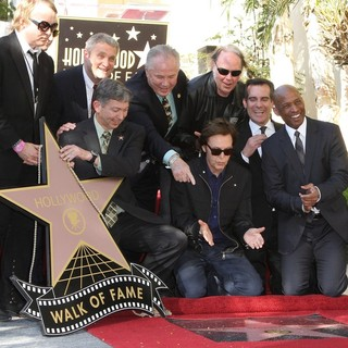 Neil Young in Paul McCartney Honored with A Star on The Hollywood Walk of Fame - mccartney-young-paul-mccartney-walkof-fame-04