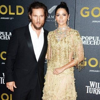 Matthew McConaughey, Camila Alves-World Premiere of Gold - Red Carpet Arrivals