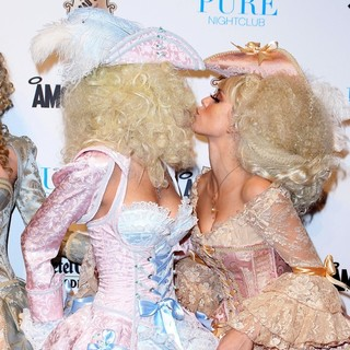 Rachel McCord, AnnaLynne McCord in Pure Nightclub Kicks Off Halloween Weekend with A Night of Haunted Seduction